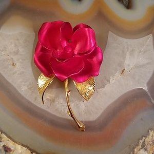 Vintage Cerrito red rose brooch GUC